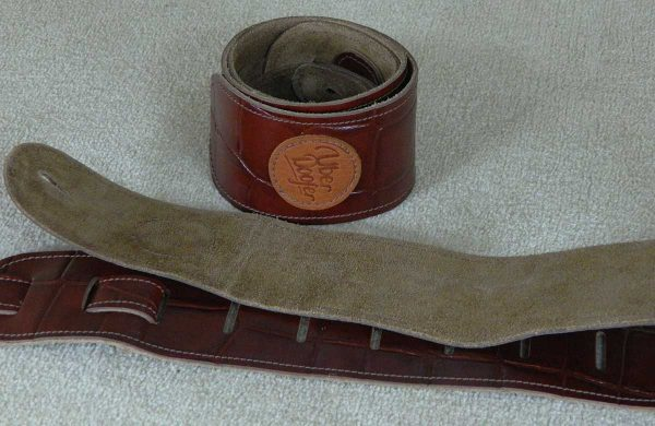 Lisset King Croc leather guitar strap